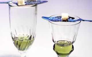 Как поджигать абсент и правильно пить: долго ли он должен гореть, почему это делают
