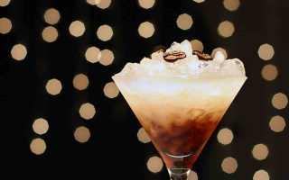 Коктейли с самбукой: рецепт горящего напитка с кофейными зернами